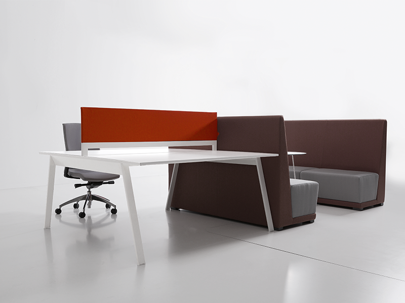 bureau air 28 images air desk bureau in glas brand new office delka air bureau a tot z. Black Bedroom Furniture Sets. Home Design Ideas