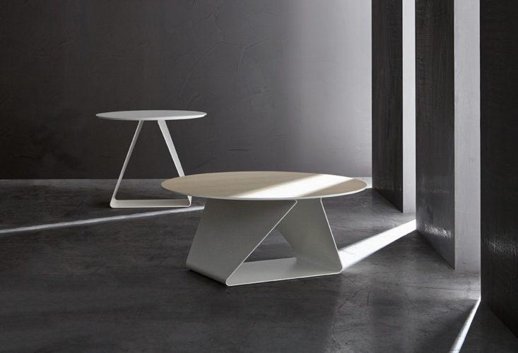 Swan Products Tov tafels atotzkantoormeubilair